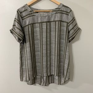 LOFT taupe brown short sleeve top size medium